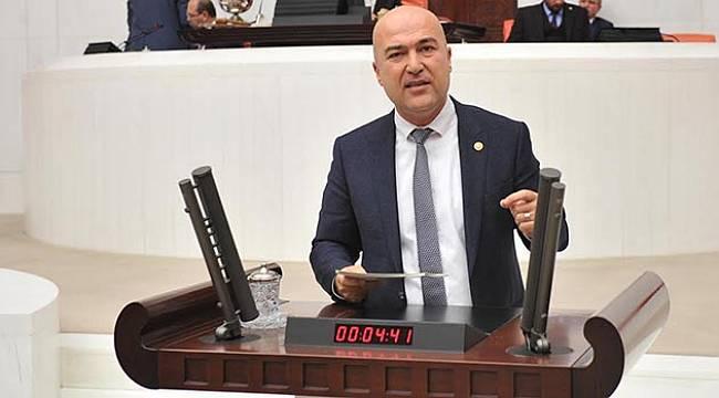 CHP'li Bakan Milletvekillerine Ettikleri Yemini Hatırlattı