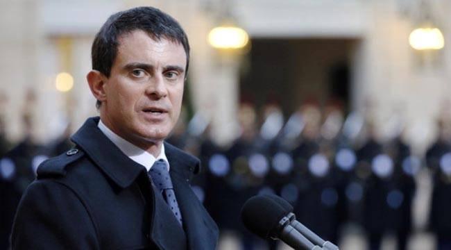 Fransa'da eski Başbakan ve Cumhurbaşkanı Adayı Valls'a Sokak Ortasında Tokat