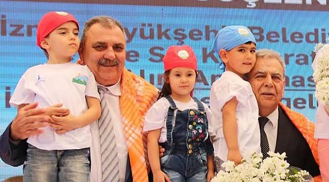 İzmir, Yerelden Kalkınma Modeliyle Türkiye'ye Işık Tutuyor