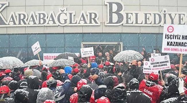 Yine Karabağlar: İşçiler Grev İlanı Astı