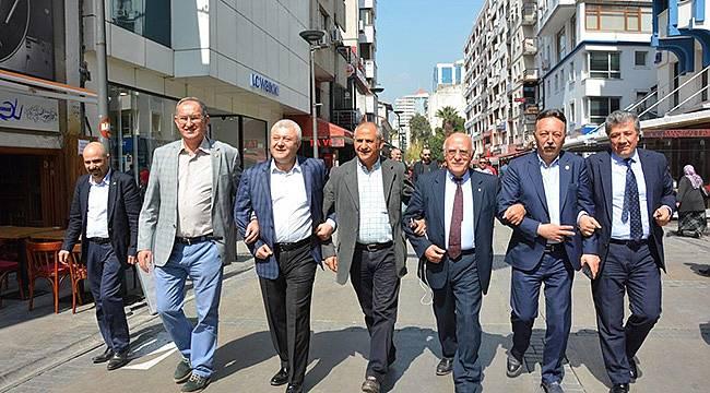 İzmir Referandum Sonucunu Belirleyecek