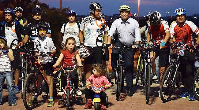 Bornovalılar İzmir'in Kazanması İçin Pedal Çevirdi