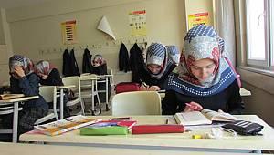Din Dersinde Öğrenciye Şeriat Eğitimi