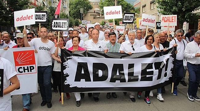 İzmir'den Başlayan Yürüyüş Manisa'da