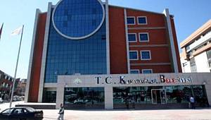 Karabağlar Belediyesi'nde Verilen Söz Tutulmadı Personel Bayrama Buruk Giriyor