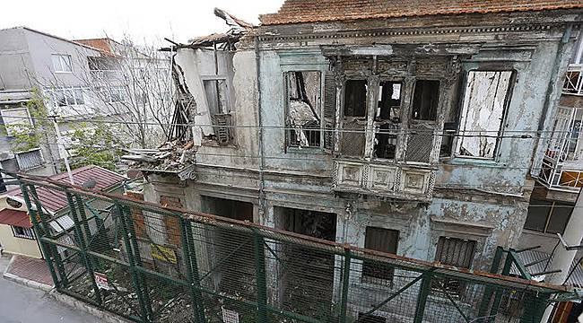 Konak'ta Restorasyon Atağı