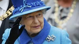 Kraliçe Elizabeth'in Maaşına Zam Yapıldı!