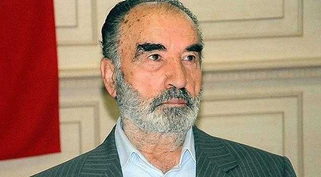 Cübbeli Ahmet: Hayrettin Karaman, O Kitabını Toplatmış