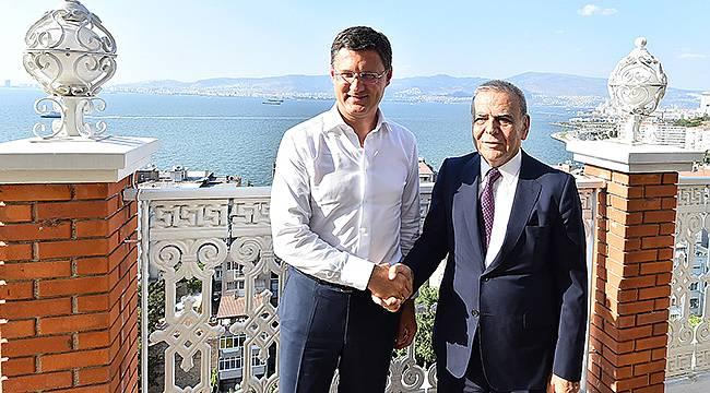 İzmir Büyüledi