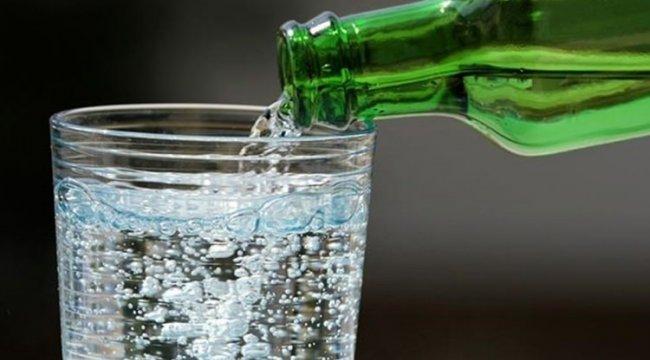 Maden Suyunun İnanılmaz Faydaları! Günde bir bardak içerseniz...