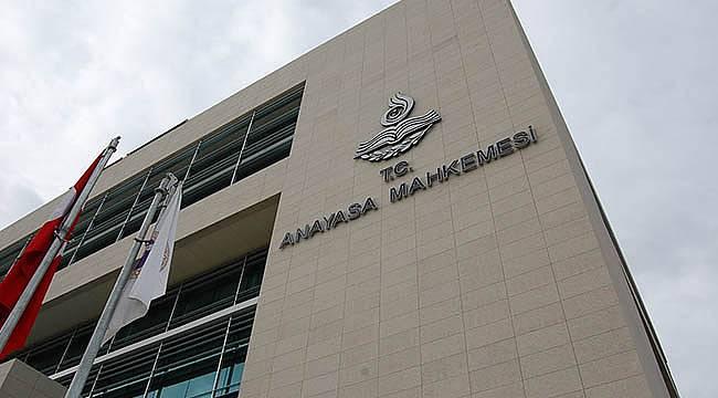 Anayasa Mahkemesi İmamların Siyasi Faaliyette Bulunmasına Vize Vermedi