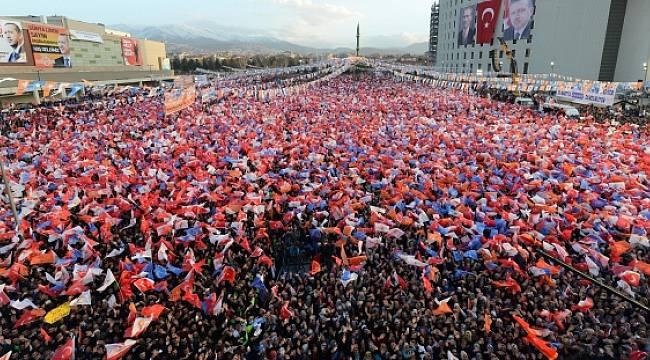Sabah Yazarı: Siz Asıl AK Parti Muhalifi Bu AKP'li Sinsilere Bakın