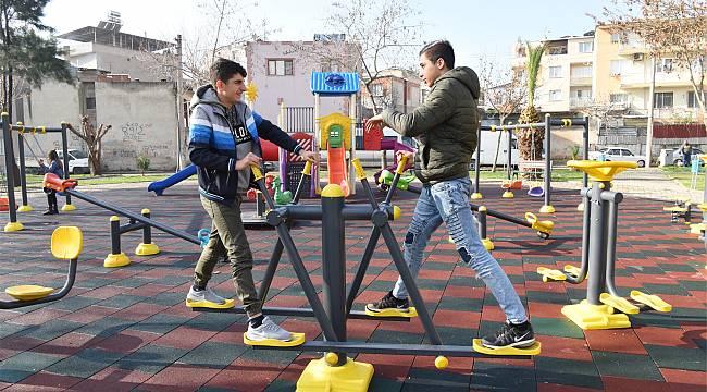 Rafet Paşa Mahallesi'ndeki park yenilendi
