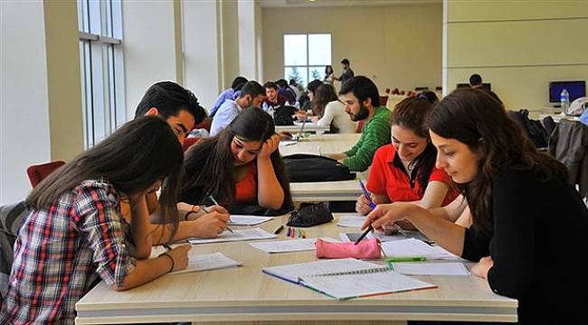 Üniversitelilerin yüzde 36'sı çalışıyor