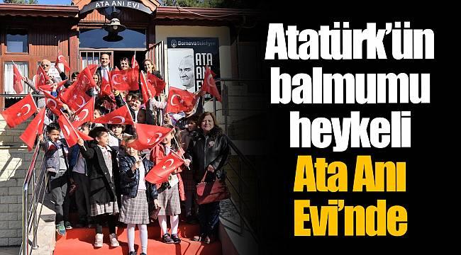 Atatürk'ün balmumu heykeli Ata Anı Evi'nde