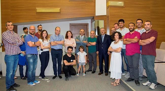 İzmir Valisi Erol Ayyıldız Milli Eğitim çalışanlarının Ramazan Bayramı'nı kutladı