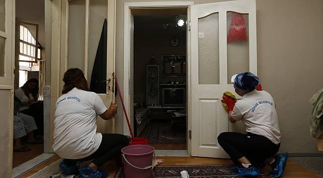 Konak'ta evler pırıl pırıl oluyor