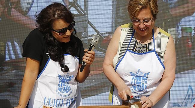 Başkan Pekdaş mutfaktaki yeteneklerini sergiledi