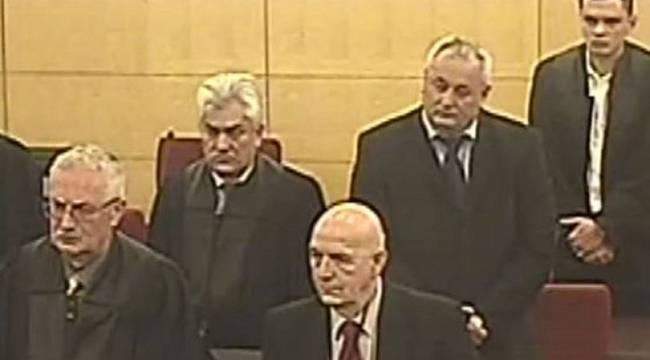 Eski Sırp komutana 'soykırım' suçundan hapis cezası