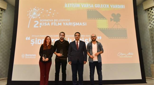 Bornova'da sinemanın diliyle şiddetsiz iletişim