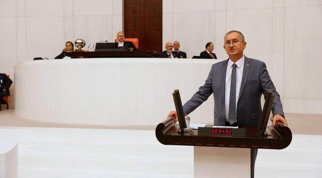 CHP'li Atila Sertel'den Meclis kürsüsünde Ozan Arif'li gönderme!