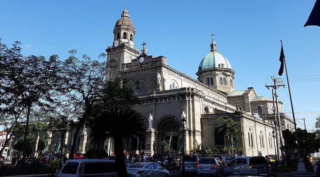Filipinler'de kiliseye bombalı saldırı: 19 ölü