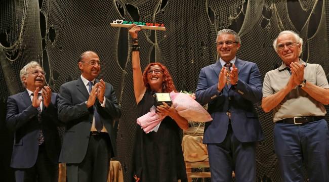 'Şükran Kurdakul Şiir Ödülü' sahibini arıyor