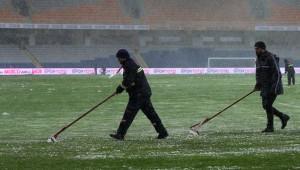 Başakşehir-Bursaspor maçı ertelendi
