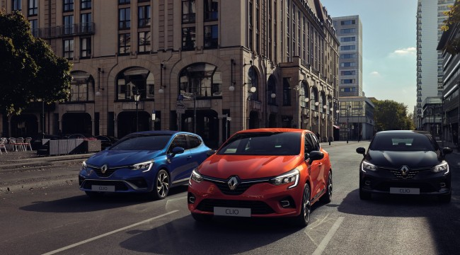 Yeni hibrit motorlu Clio piyasayı sallayacak