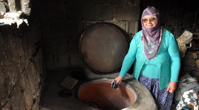 55 yaşındaki kadın çocuklarının isteğiyle köye muhtar adayı oldu