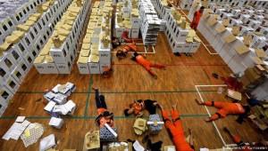 Endonezya'da 272 sandık görevlisi aşırı yorgunluktan öldü