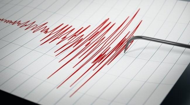 İzmir Foça'da korkutan deprem!