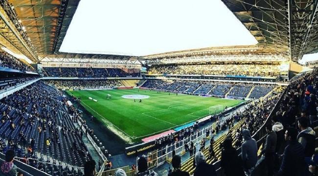 Fenerbahçe Ülker stadyumunda 'Her şey çok güzel olacak' sloganları