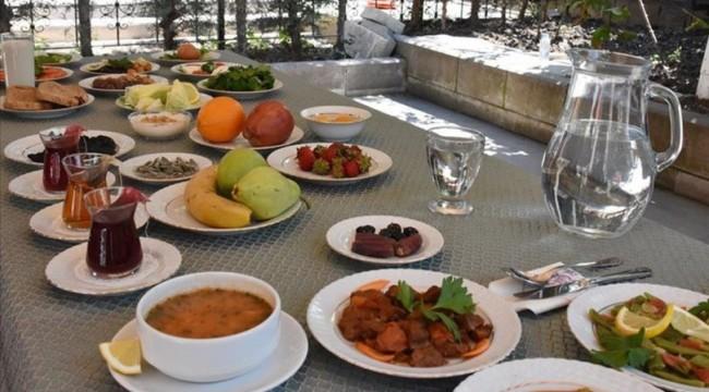 Sağlık Bakanlığından örnek sahur ve iftar sofrası