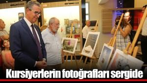 Kursiyerlerin fotoğrafları sergide