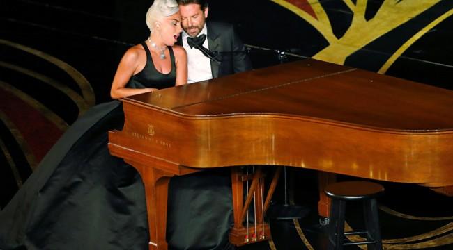 Lady Gaga, Bradley Cooper ile Irina Shayk ayrılığı hakkında soru soran hayranlarına küfür etti