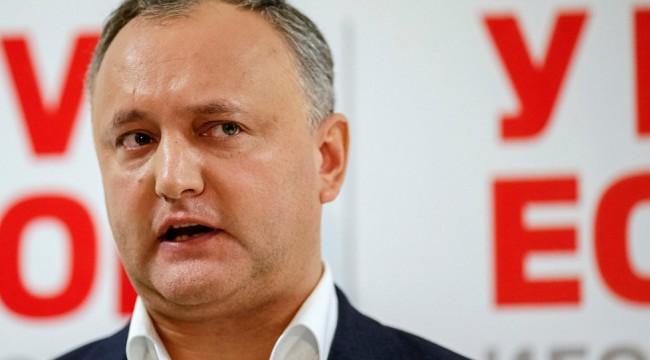 Moldova Devlet Başkanı Dodon görevden alındı