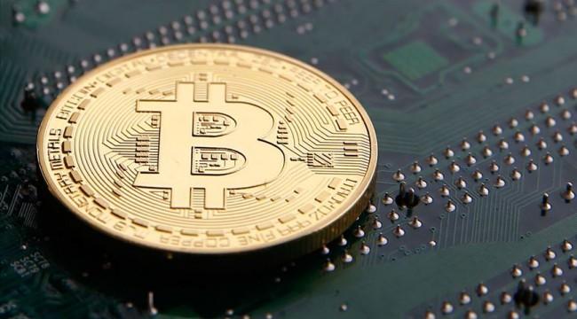 Bitcoin 10 bin 500 doların altında