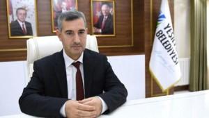 AK Partili başkan makam araçlarını toplattı