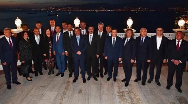 CHP'li belediye başkanlarından anlamlı video