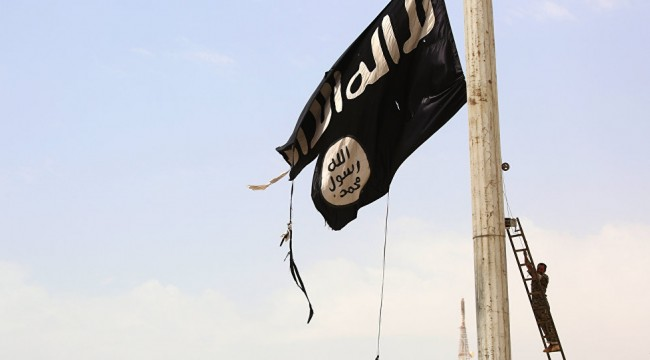 Lübnanlı uzman: IŞİD uyuyan hücrelerini aktif hale getirmeye hazırlanıyor