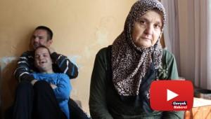 Zihinsel engelli 2 çocuk annesi, harabe evde yaşam savaşı veriyor