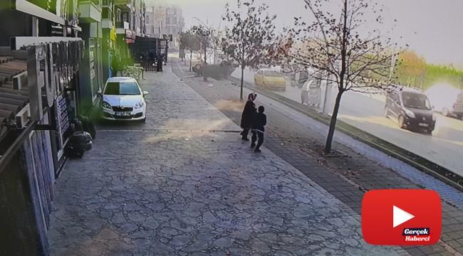 Kaldırıma çıkan otomobilin sürücüsü hayatını kaybetti