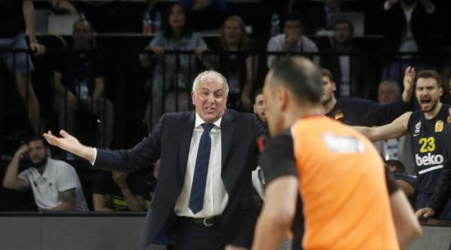 Fenerbahçe Kulübü: Takımımıza ve koçumuz Obradovic'e dair en ufak bir soru işaretimiz bulunmamaktadır