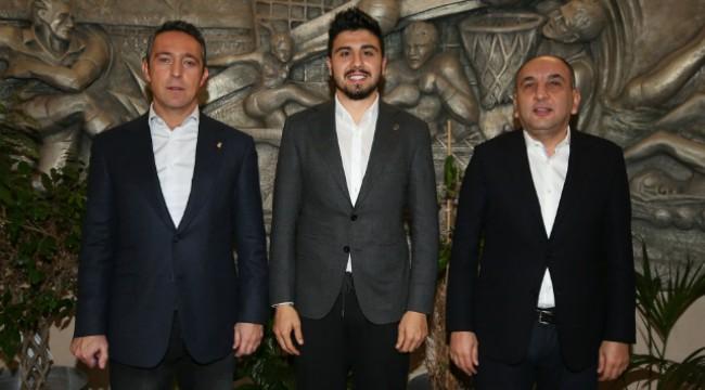 Fenerbahçe, Ozan Tufan'ın sözleşmesini yeniledi