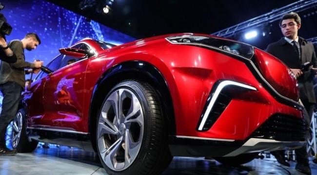 'Karsan Yönetim Kurulu Başkanı Kıraç yerli otomobil projesinden çekildiğini törene gölge düşürmemek için duyurmadı'