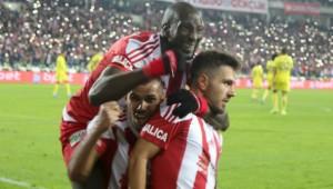 Sivasspor'u Fenerbahçe de durduramadı!