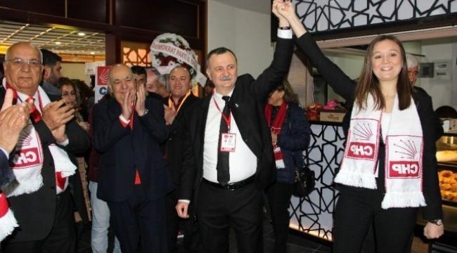 CHP Manisa 37. Olağan İl Kongresi  coşkulu başladı