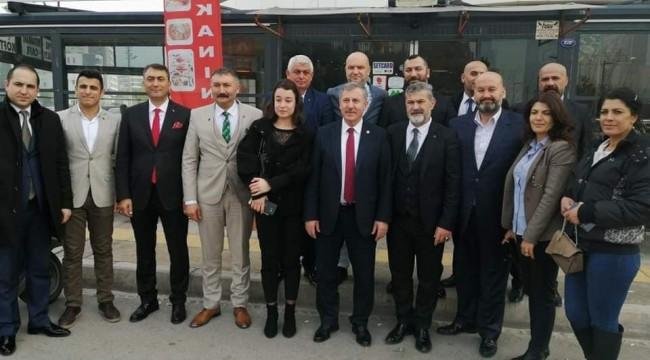 Gelecek Partisi Bornova'da Muhtarlarla buluştu