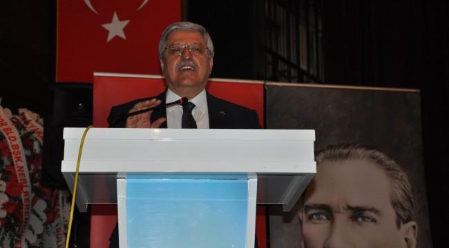 AK Parti Genel Başkan Yardımcısı Demiröz'den CHP'li Özkoç'a gönderme
